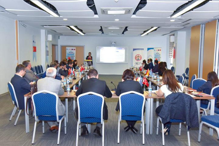 Adana'da 1.ulusötesi toplantı